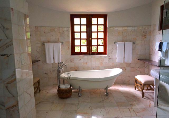 Greening-the-bathroom-carimostert.com